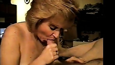 Amateur milf loves to drag inflate cock together with swallow