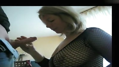 My massive tits look hot in my tyro blowjobs photograph