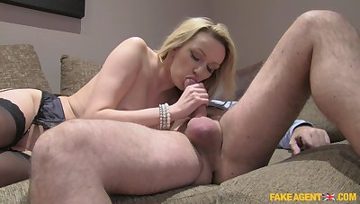 Blonde beauty gets older inches in their way pussy with an increment of mouth