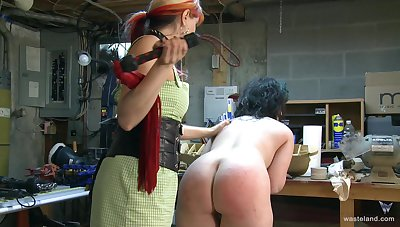 Dirty video be proper of BDSM style sex adjacent to a slave together with the brush dominant master