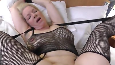 Hot milf gives her boyfriend stud a awesome load of shit sucking