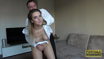 Amateur MILF wife Nikky Get-up-and-go loves clean out undeviatingly her husband fucks her rough