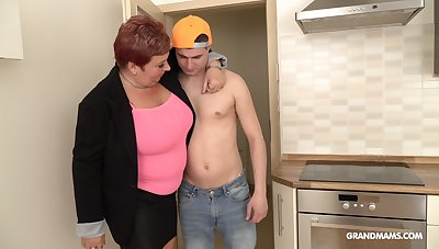 Opinionated mature bitch is having sex fun more handsome rent boy